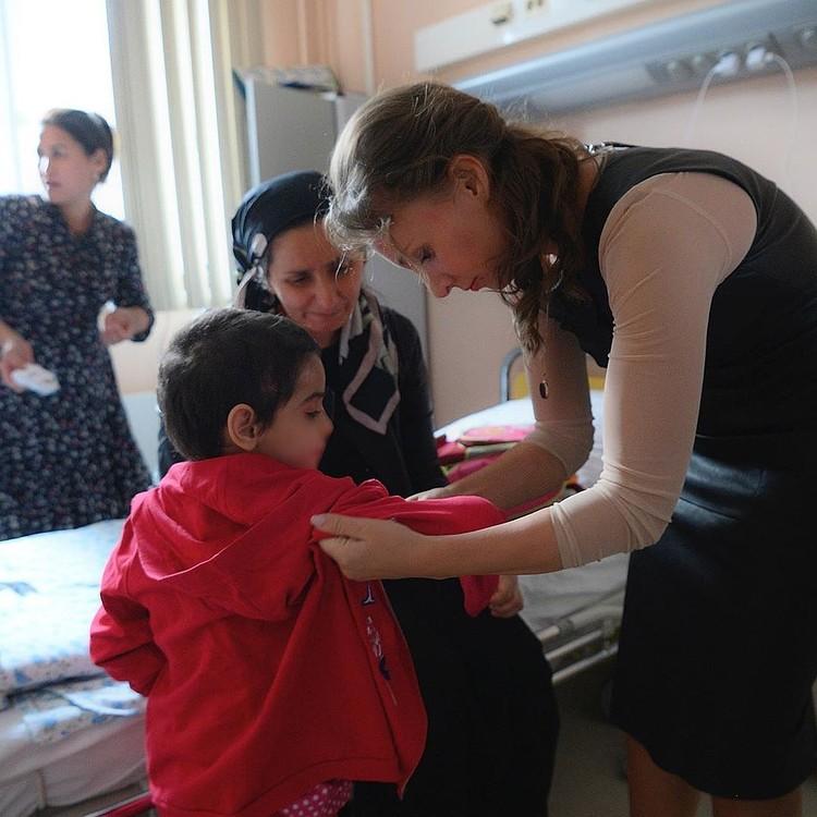 Встреча Аиши с мамой и Анной Кузнецовой