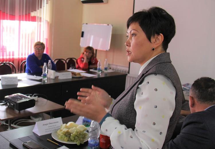 Директор по корпоративным связям «Кумтор Голд Компани» Анара Отогонова отметила высокую заинтересованность и принципиальную позицию гражданского общества.