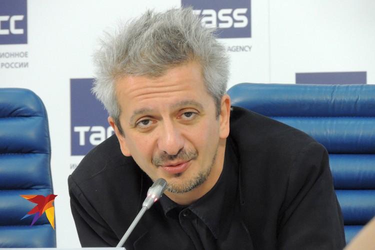 Константин Богомолов.