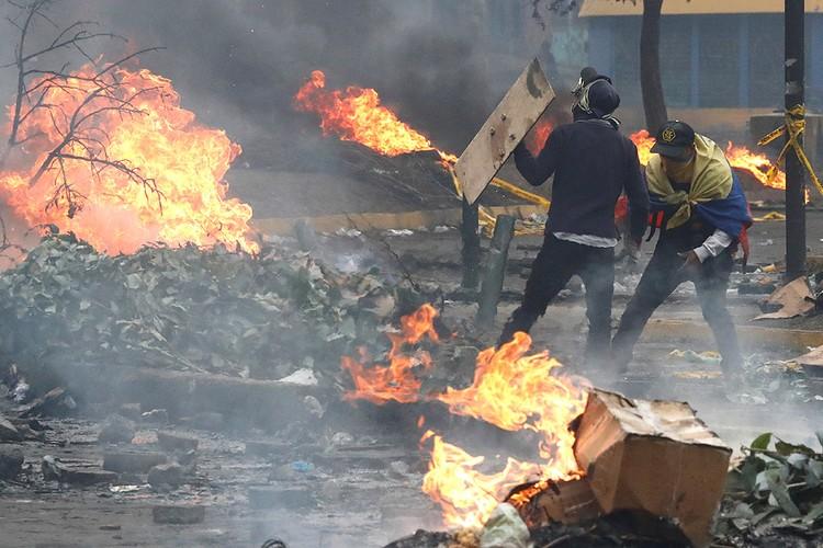 Беспорядки в крупных городах Эквадора длились почти две недели.