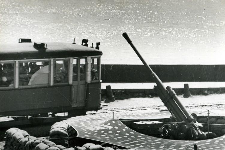 После того, как «трамвайную» эскадрилью передали армии, сбор средств не остановили. Фото: getmuseum.ru