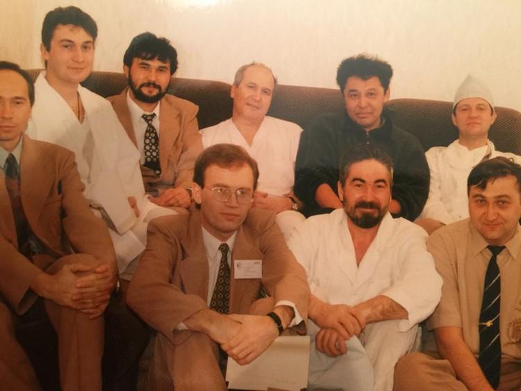 В 10 больнице с телеведущим Азаматом Саитовым
