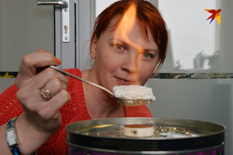Эксперимент с горящим творогом, якобы говорящем о том, что в твороге масса растительных жиров