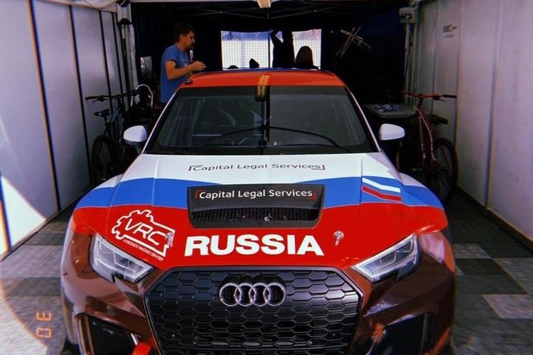 Ездит Клим на гоночном седане Audi RS3 LMS - от этого авто, согласитесь, так и веет брутальностью. Фото: Григорий Голышев