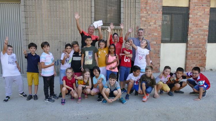 В Европе Антон посетил 16 школ