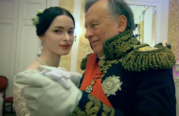 Анастасию Ещенко Соколов называл не иначе как Изабель и даже отвел ей главную роль в одной из своих книг. Фото: скриншот видео YouTube