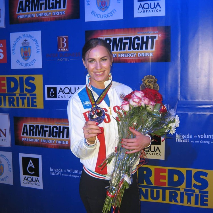 На счету Кати множество медалей. Фото: личный архив.