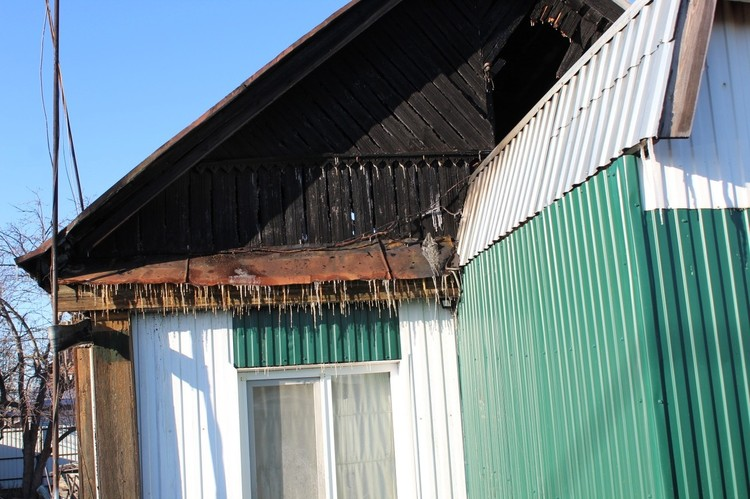 От крыши дома ничего не осталось