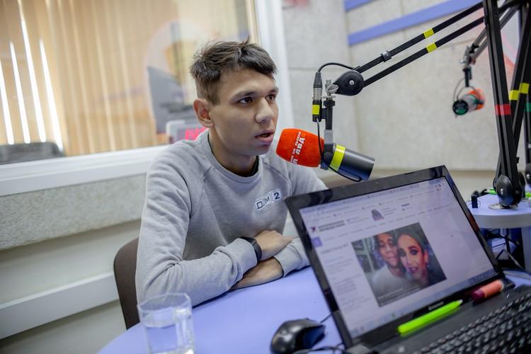 После съемок Витжай ненадолго вернулся в Челябинск и нашел время придти на радио «Комсомольская правда»