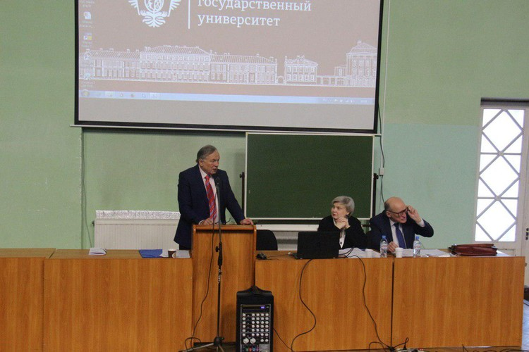 После случившегося доцента Соколова уволили из СПбГУ.