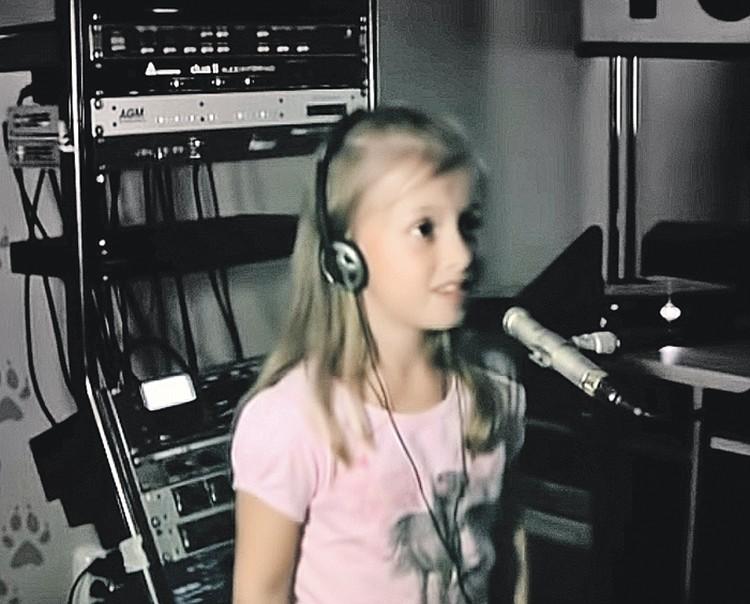 Алина Кукушкина подарила Маше свой звонкий голос. Фото: YouTube.com