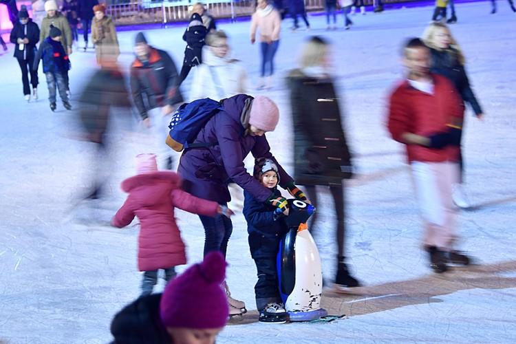 В Сокольниках самый удобный каток для развлечения с детьми