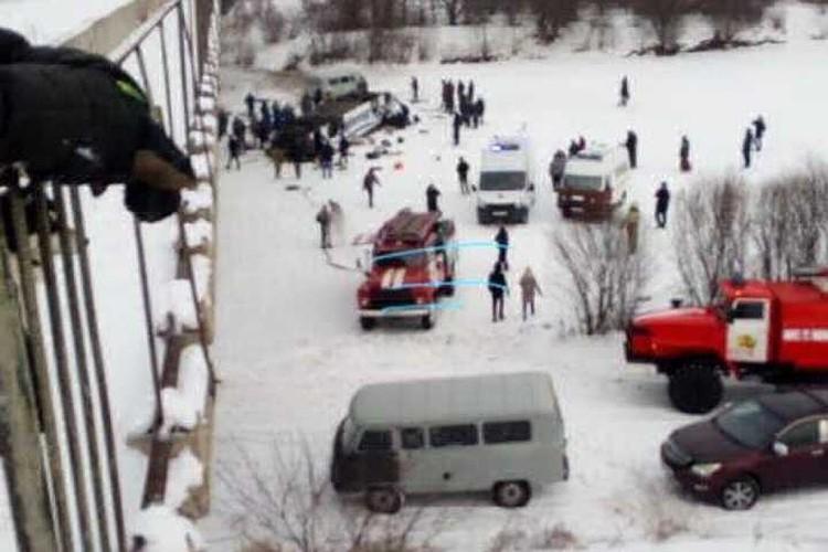 Пассажиры автобуса, который упал с моста в Забайкалье, были застрахованы.