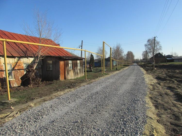 За год в селе отремонтировали щебнем три километра дорог