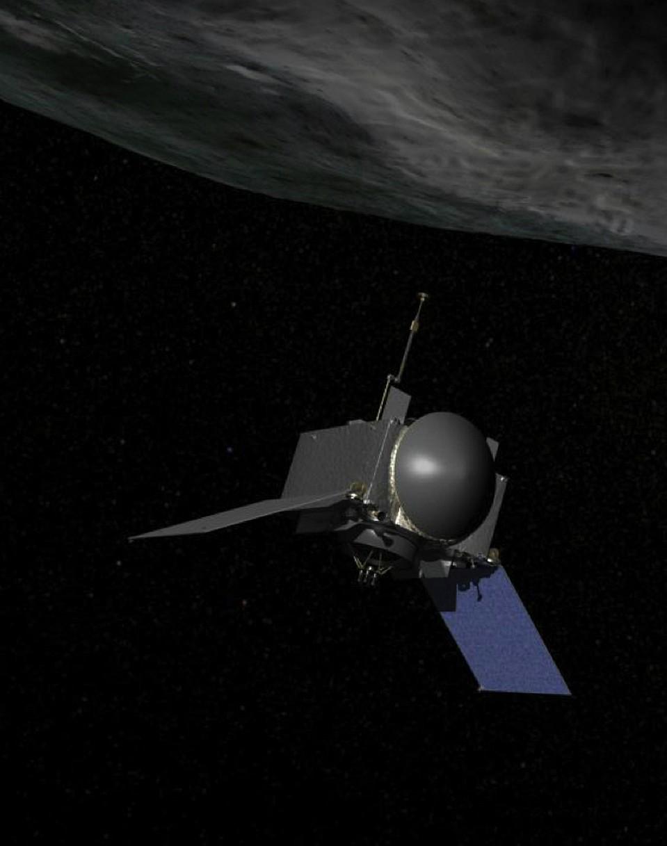 Зонд OSIRIS-REx находится рядом с астероидом Бенну. Приглядывает за ним.