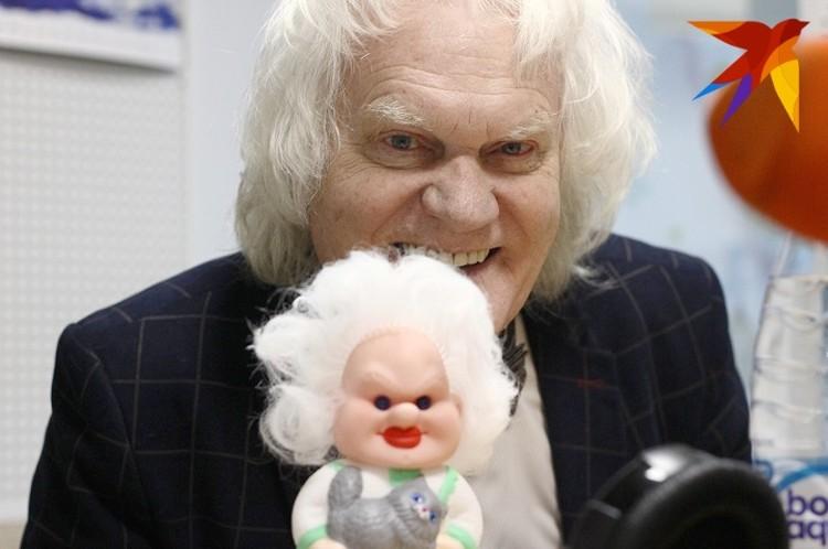 На шоу в Екатеринбурге Юрий Дмитриевич будет дарить детям клоуна, похожего на себя.