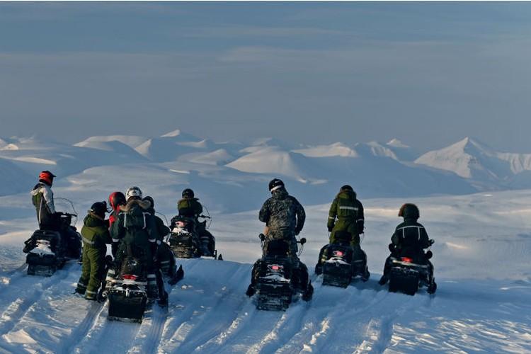 Полюбоваться на арктические пейзажи - отличный способ провести отпуск. Фото: личный архив.