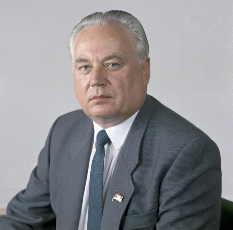 Анатолий Малофеев - 1-й секретарь ЦК КП Белоруссии в 90-м