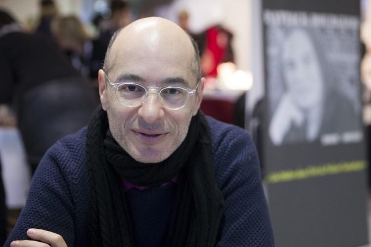 Французский писатель и научный журналист Бернар Вербер