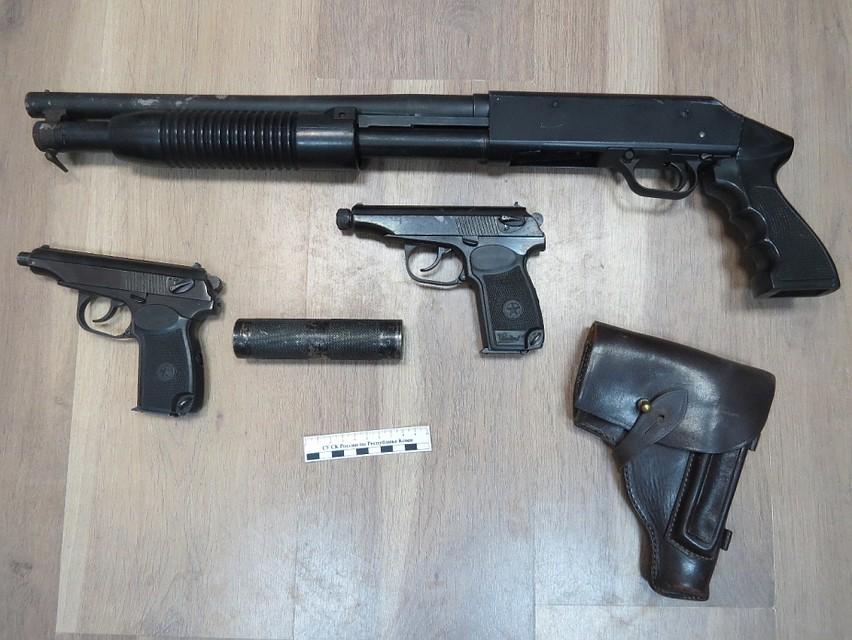 У банды был солидный арсенал. Фото с сайта Следственного комитета России