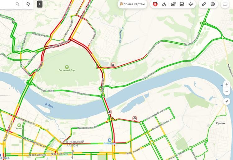 "Многокилометровые пробки сковали Кемерово. ФОТО: ""Яндекс. Пробки"""
