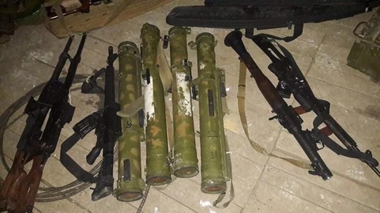 Оружие, изъятое у аскеровцев в 2017 году. Фото: Илья Кива / Facebook