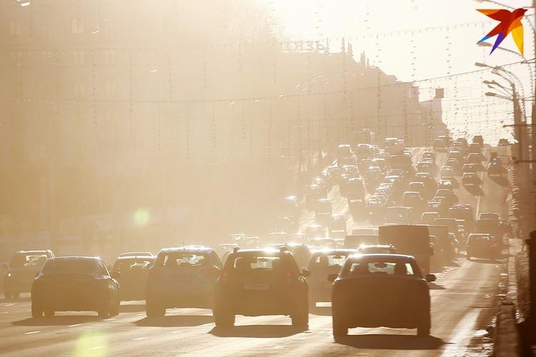 С такой погодой, как в этом году, зима машинам не страшна.
