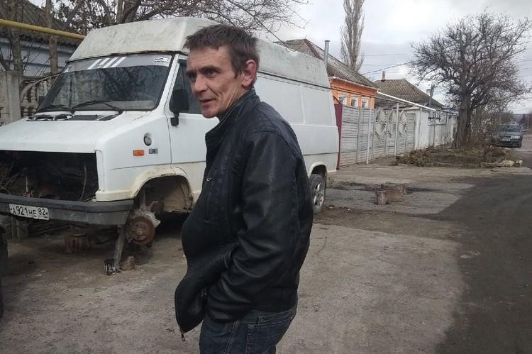 Игорь А. не верит, что его сын собирал бомбы