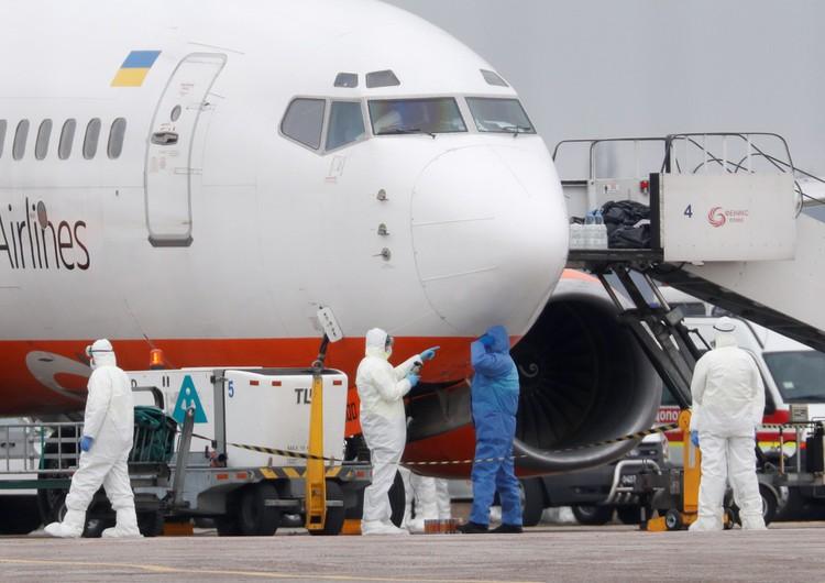 Самолёт с украинскими гражданами из Уханя в Борисполе.