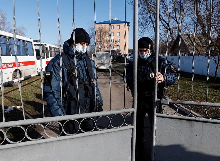 Обитатели санатория стали заложниками ситуации
