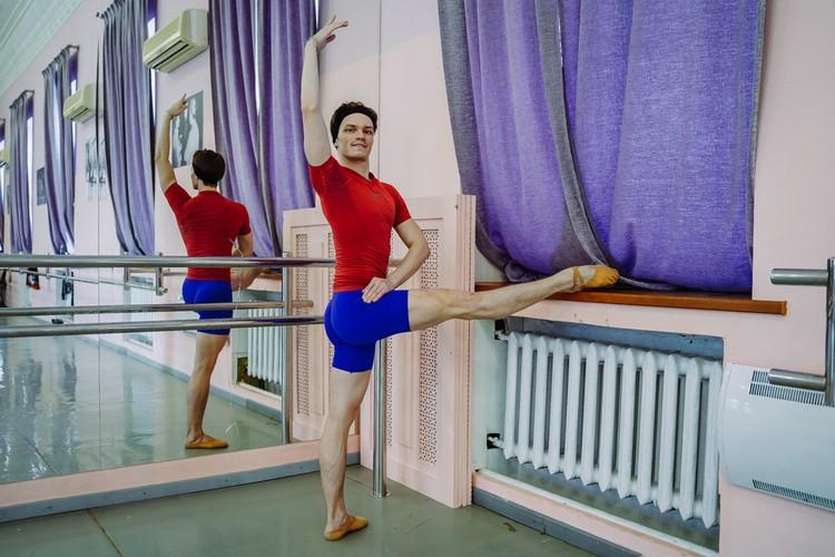 Сергей любит балет