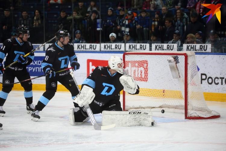 Первую шайбу в ворота минчан забросил Егор Зайцев.