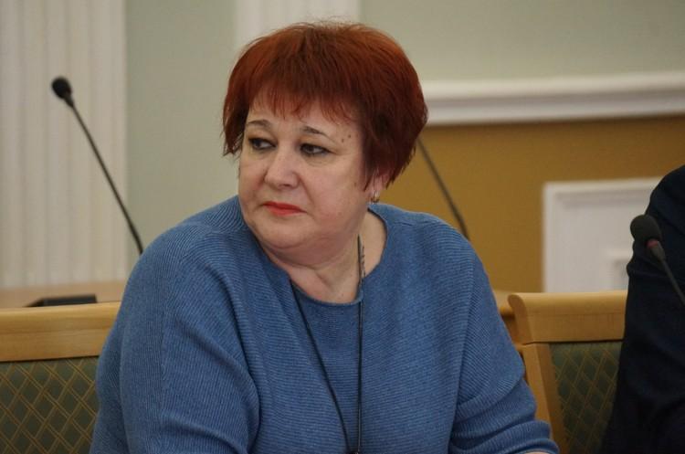 Директор школы №73 Ираида Боронтова напомнила: Учреждение переполнено настолько, что скоро перейдет чуть ли не на круглосуточный режим работы.