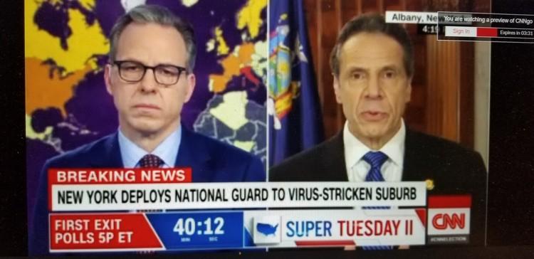 Стоп-кадр телеканала CNN, передающего экстренные новости о введении подразделении национальной гвардии в Нью-Рошель.