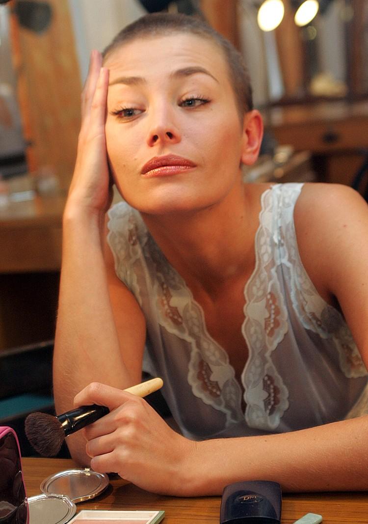 Только одна из жен одиозного писателя Эдуарда Лимонова родила ему детей – актриса Екатерина Волкова