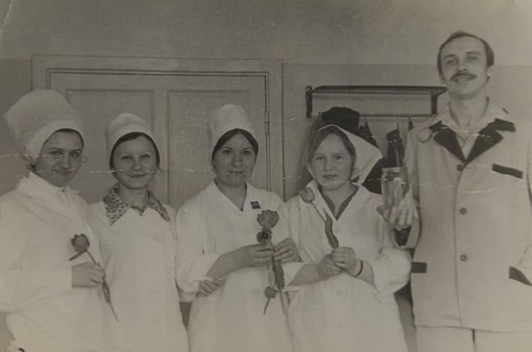 Медикам приходилось сутками жить в больнице, чтобы победить эпидемию сибирской язвы. Фото: из личного архива Татьяны Серегиной