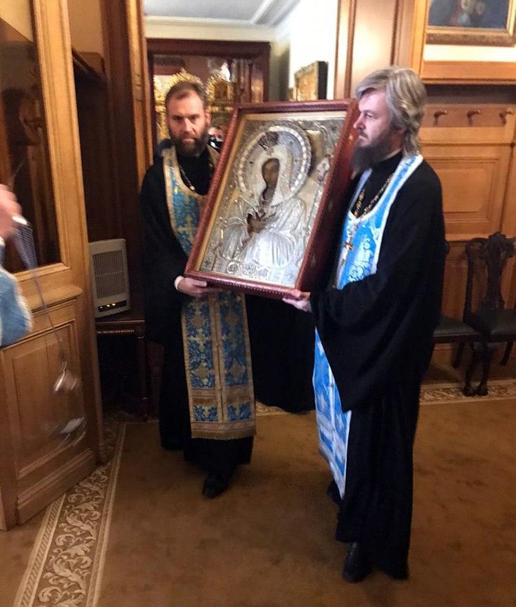 Икона Умиление, с которой Святейший Патриарх Кирилл совершил объезд Москвы