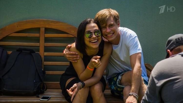 Александр Головин и Светлана Белогурова. Фото: кадр программы «Пусть говорят»