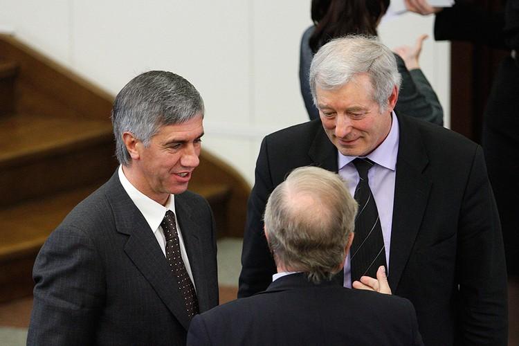 Анатолий Быков с депутатами