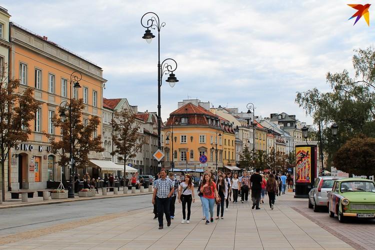 Карантин в Польше постепенно снимается, но что будет с выборами, так и не ясно.