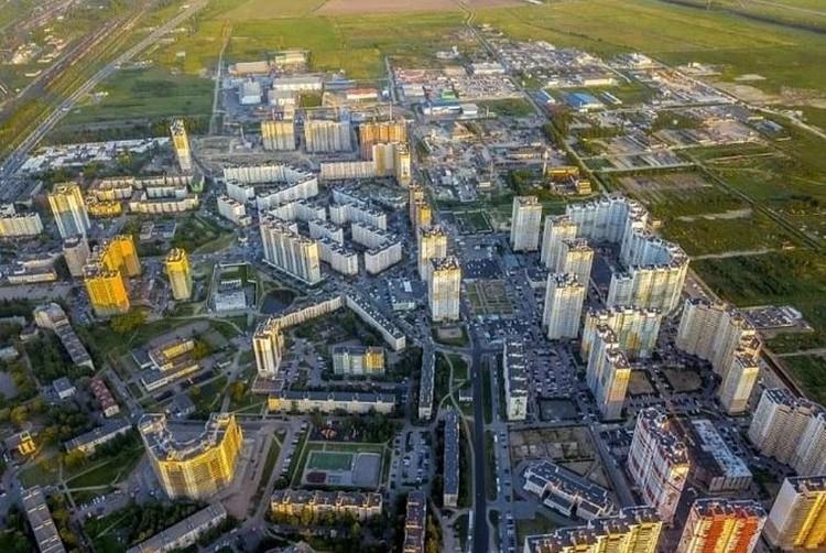 Окраины Санкт-Петербурга прирастают районами-муравейниками. Фото: Архив КП.