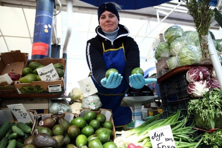 Авокадо - редкий пример того, что на Комаровке и вкуснее, и намного дешевле, чем в магазинах.