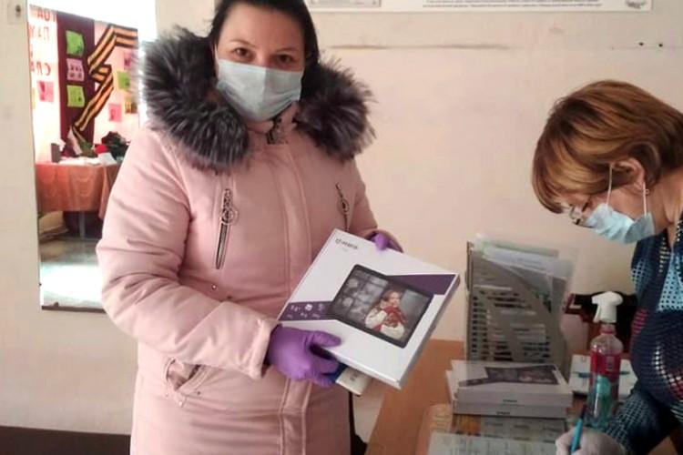Только за первые две недели люди купили 2300 планшетов для детей Ленобласти. ФОТО: Правительство Ленобласти