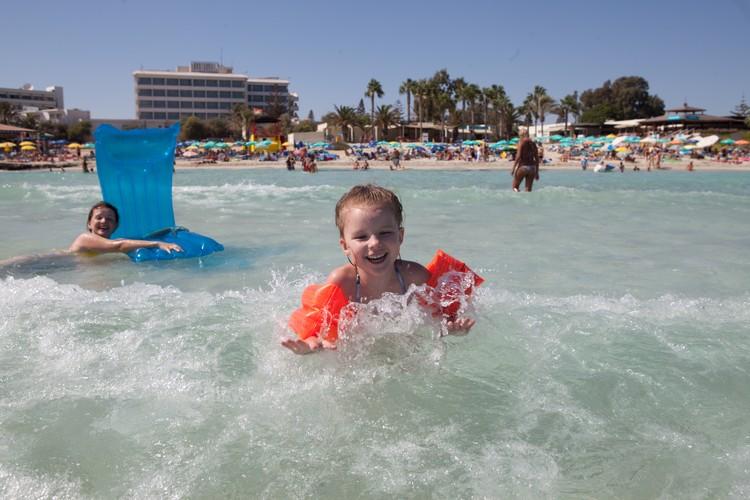 Скоро можно будет отдохнуть на Кипре