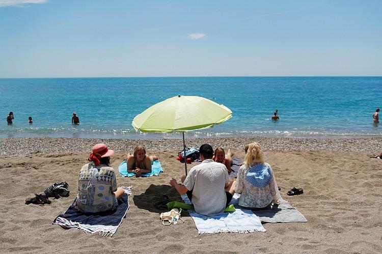 С 1 июля Испания ждет иностранных путешественников