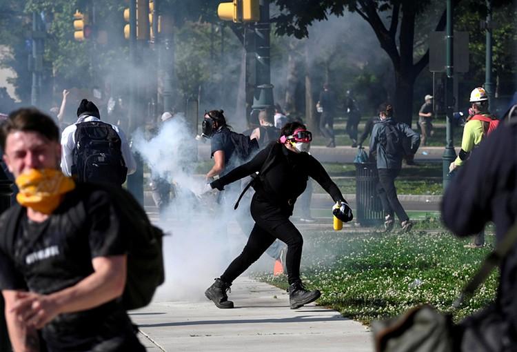 По всем США уже больше недели продолжаются массовые беспорядки