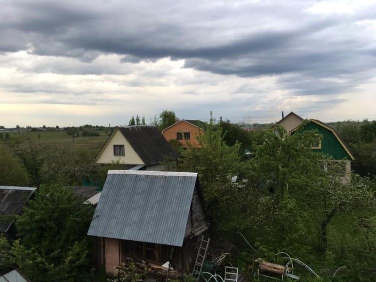 После лопаты хоть за кисти берись и рисуй с балкончика местные пейзажи. Фото: личный архив Андрея Туманова