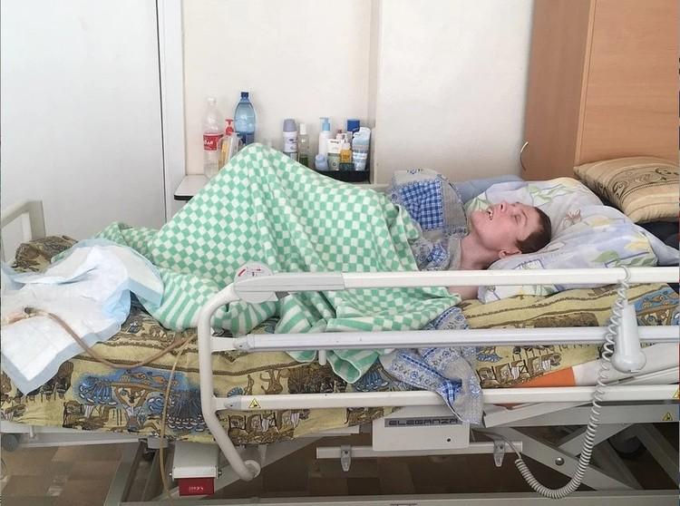 В больнице есть храм-часовня. Матушка Елена рассказала, что приходила к Ирине и читала молитвы