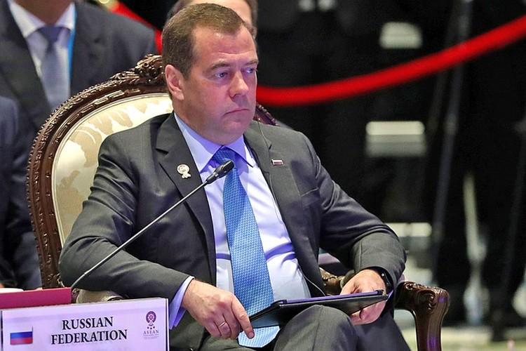 465 тысяч рублей будет получать Дмитрий Медведев