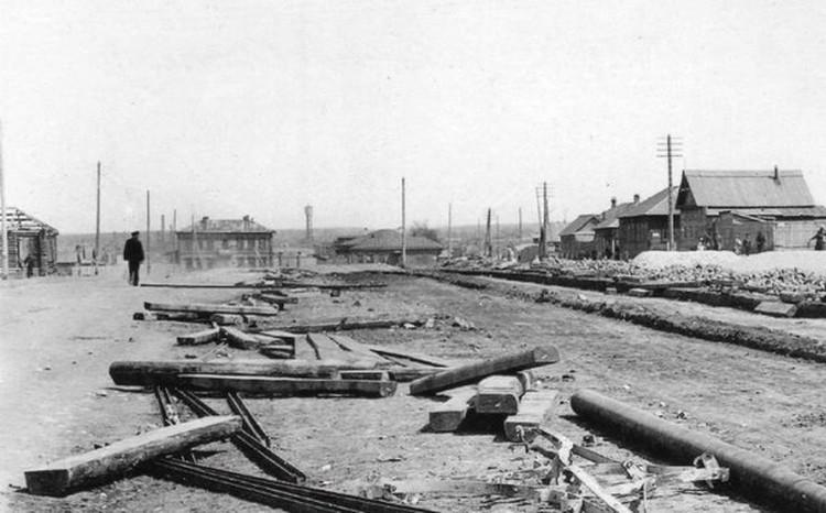 Строительство трамвайных путей к трубочному заводу